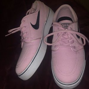 Nike Shoes - Women s Nike pink Janoskians 4fde2b223c